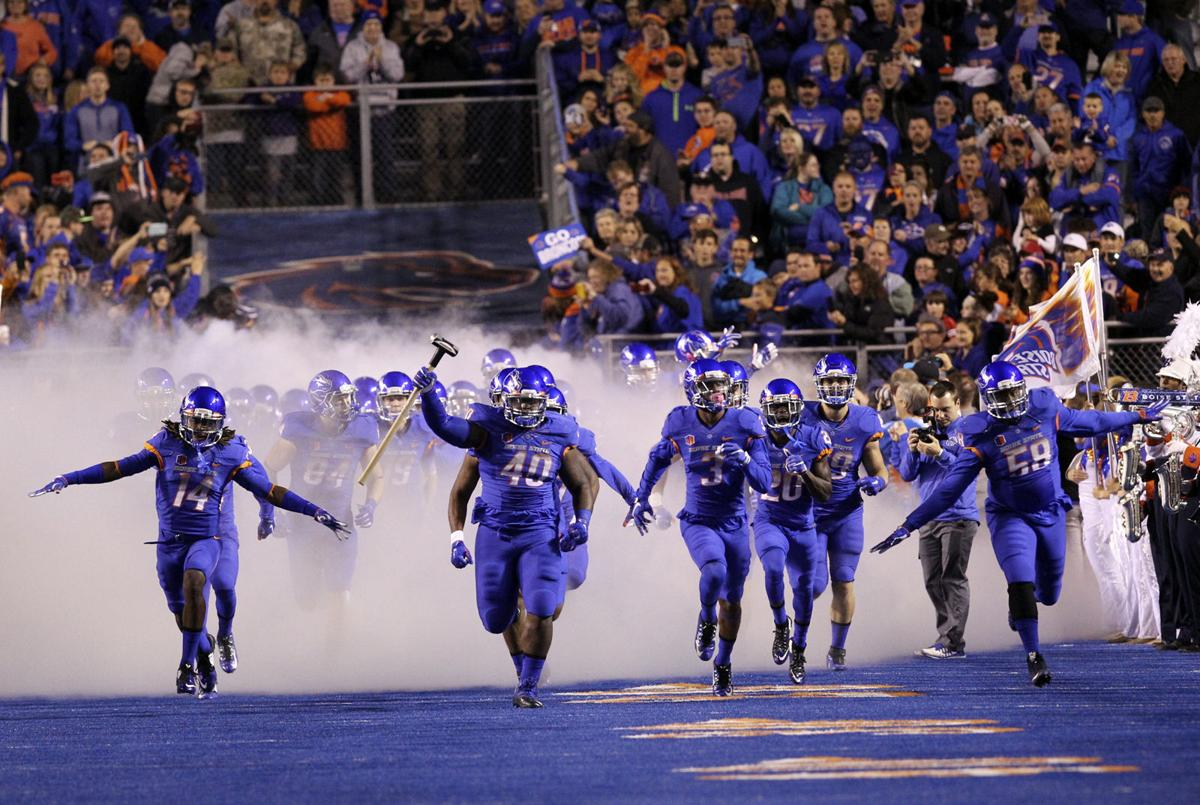Boise State football vs. Utah State. Photo: John Kelly. David Moa (55)