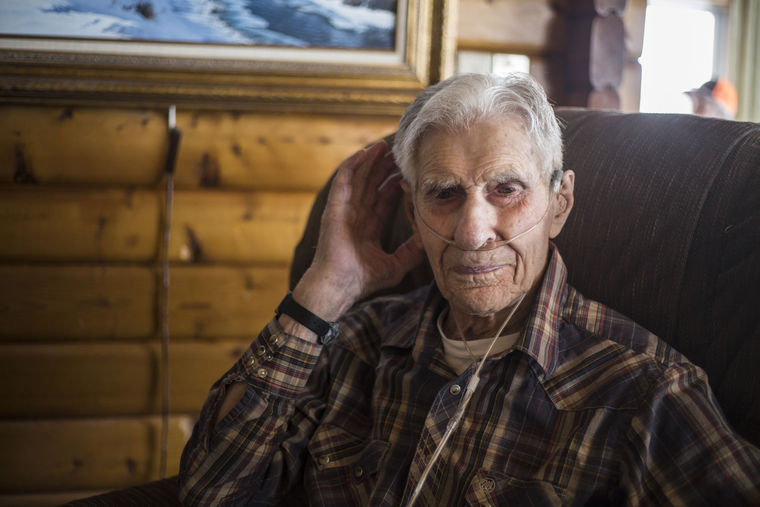 guide to haircuts wyoming s oldest resident dies in his built cabin 5913