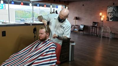 Ef.Fin Barbershop haircut (main)