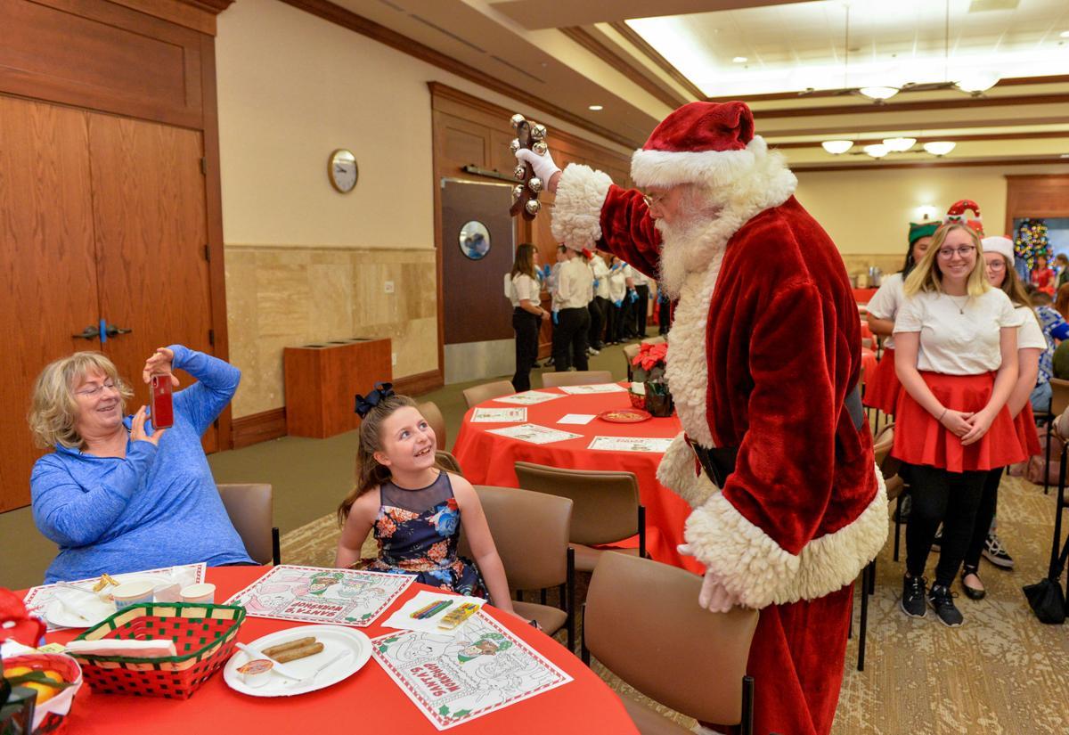 Santa Breakfast 12-14-19 199