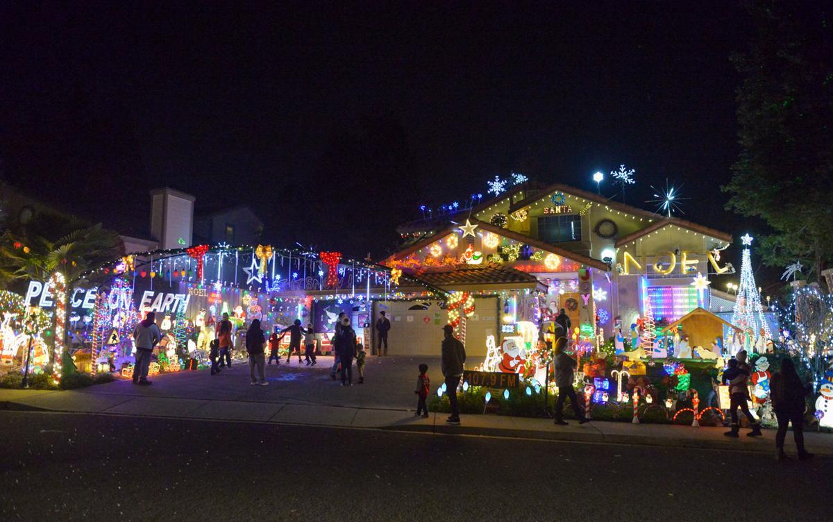 Livermore Lights 12-11-19 264