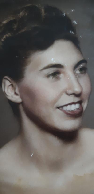 Doris Helen Sola Linker