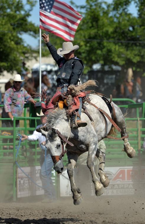 Liv Rodeo 06-09-19 1611