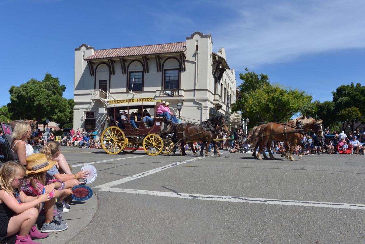 Liv Rodeo Parade 06-08-19 950