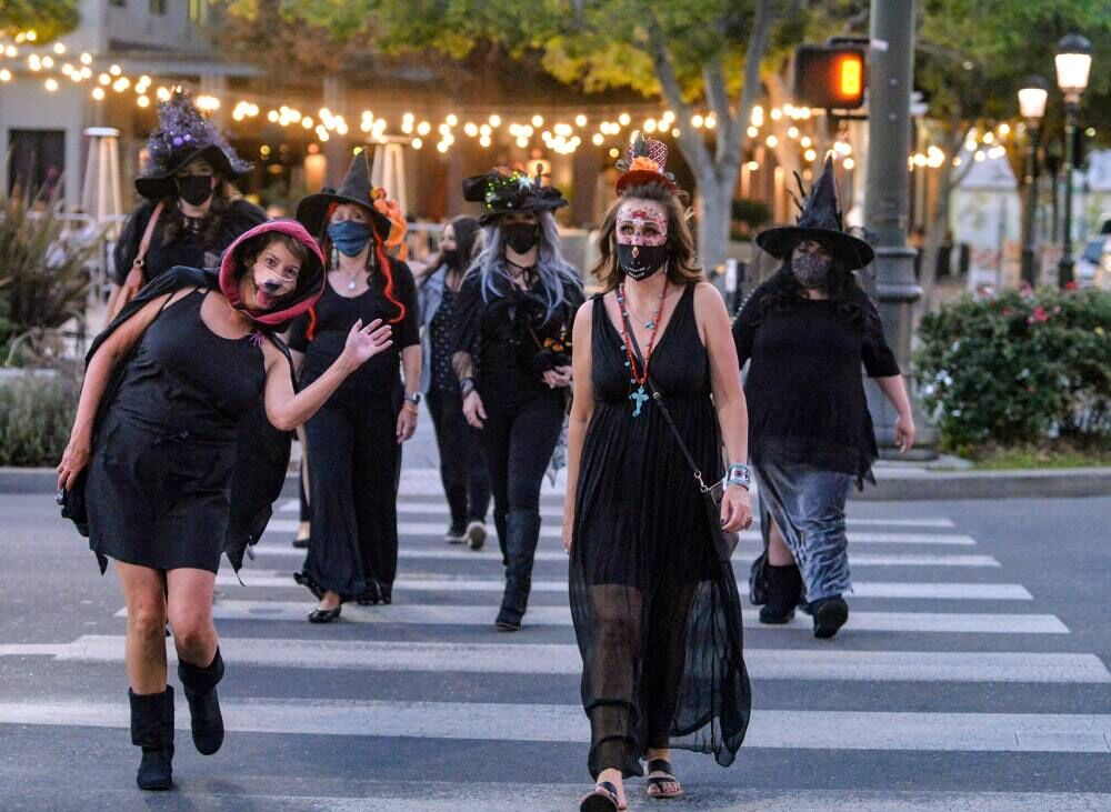 Witches Night 10-14-20 380.JPG