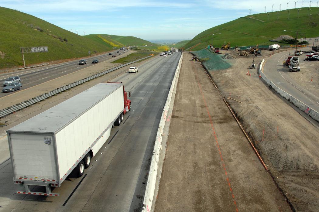 Altamont Pass Construction   News   independentnews com