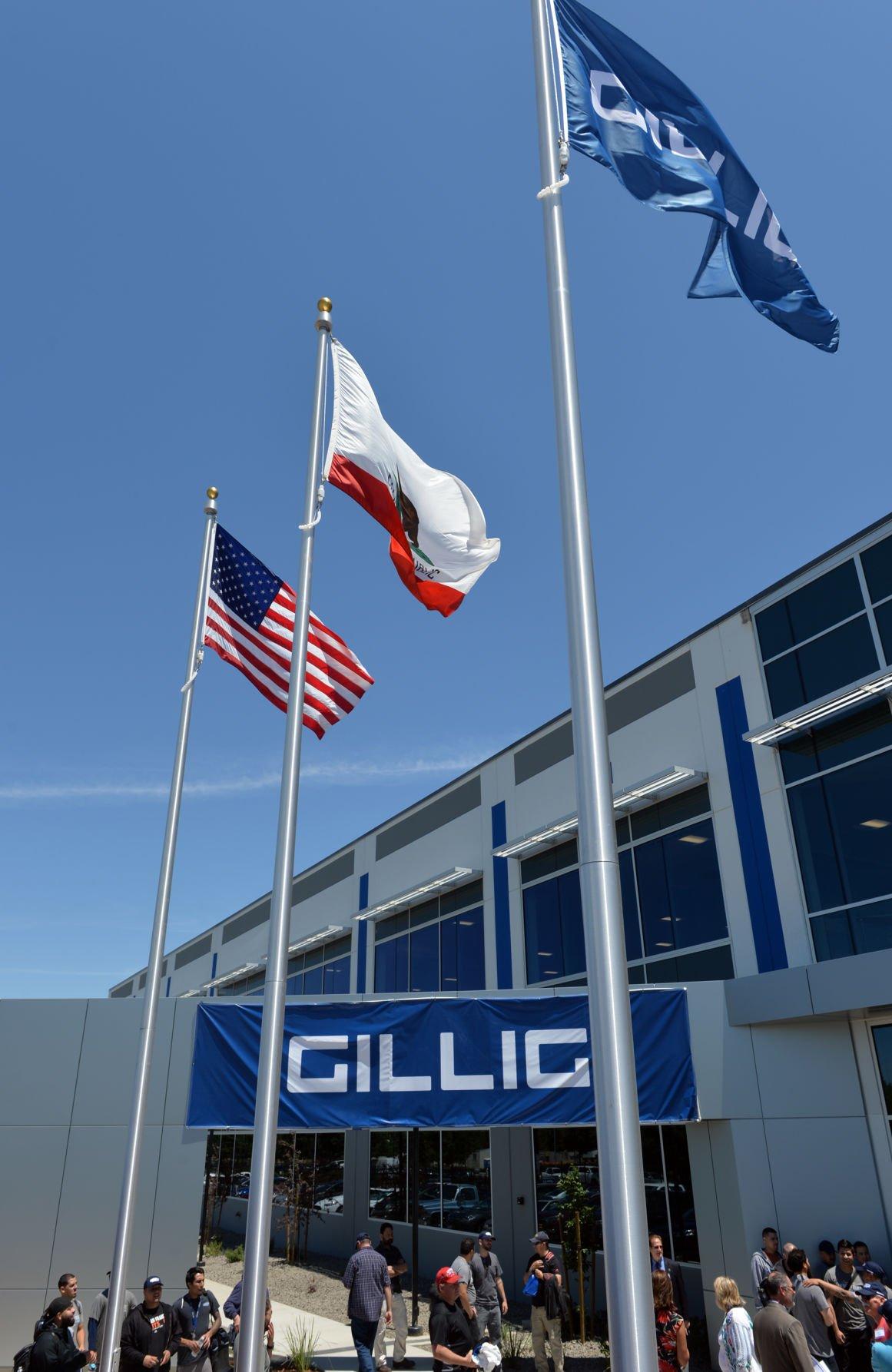Gillig 06-01-17 266