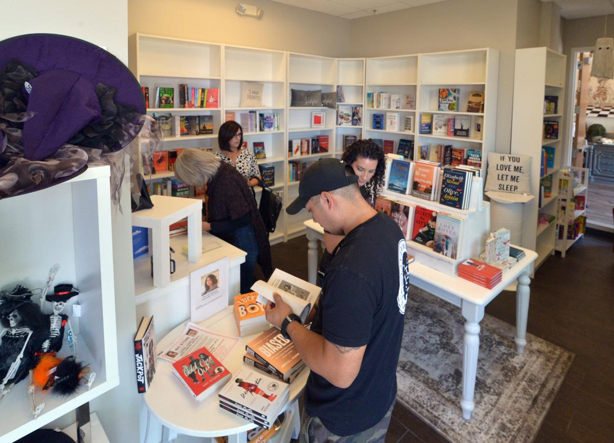 Towne Center Books 4