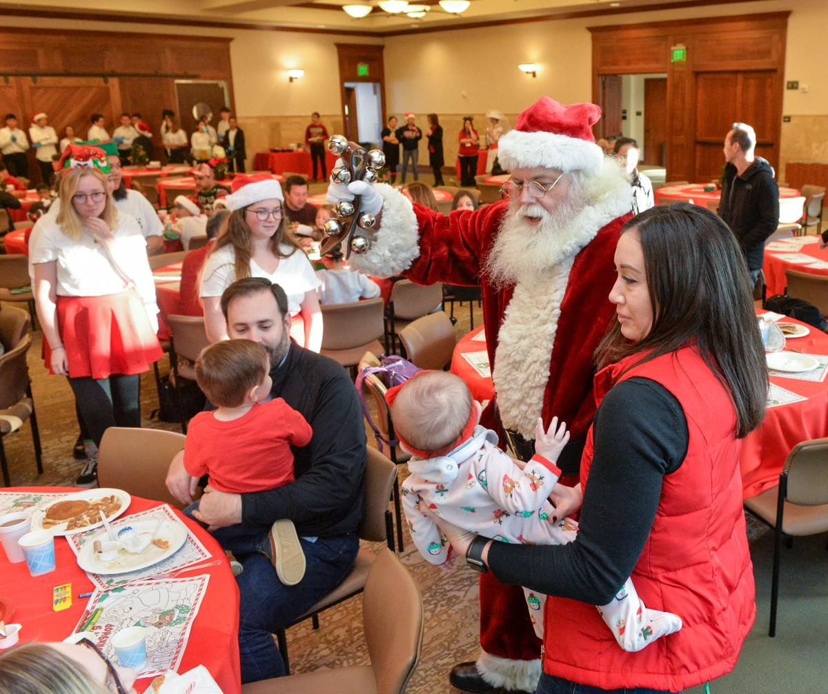 Santa Breakfast 12-14-19 243