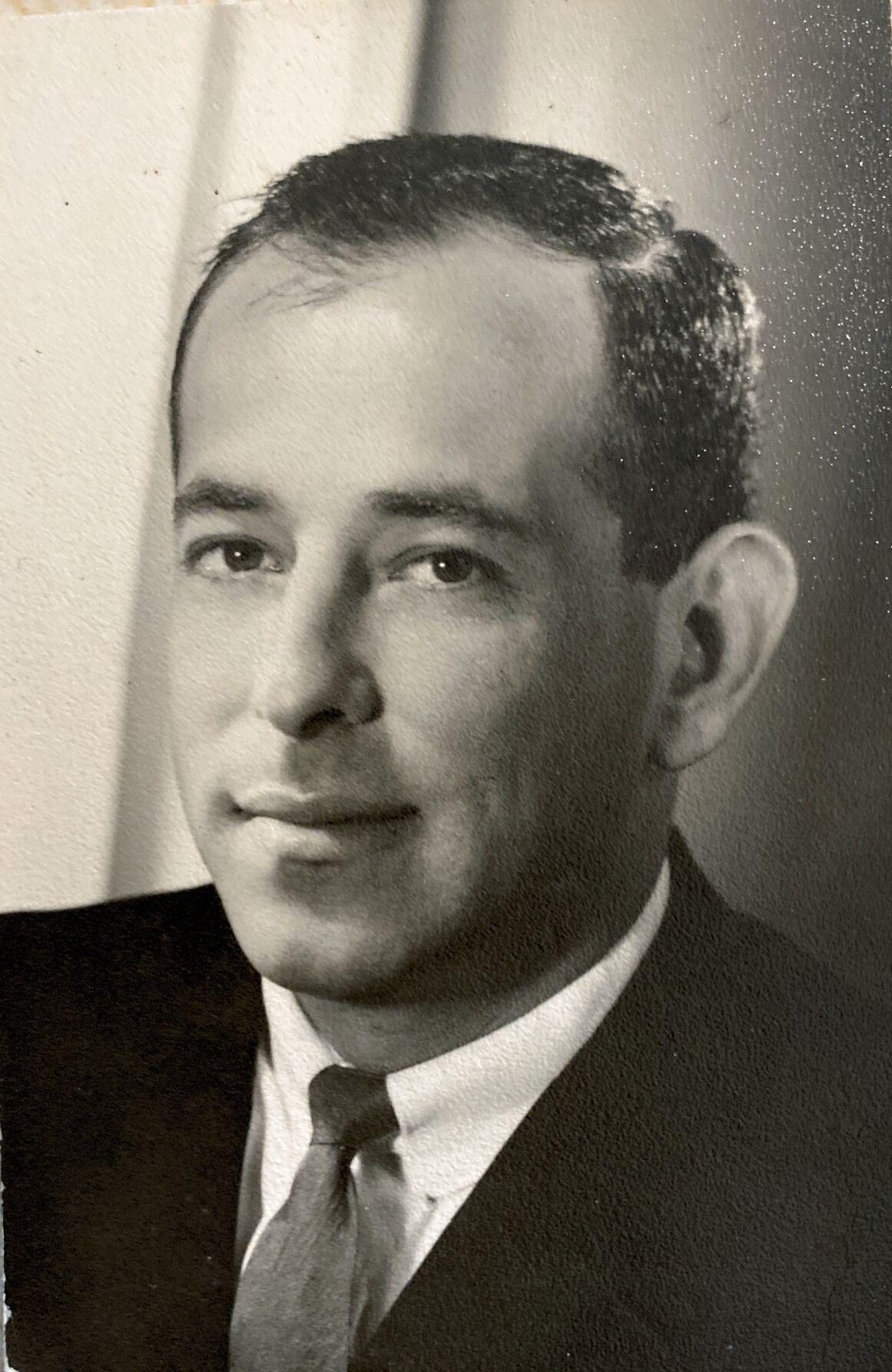 OBIT - Donald H. Dreyer.JPG