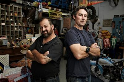AMERICAN Pickers - Mike and Frank