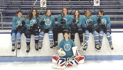210819ind Hockey.jpg