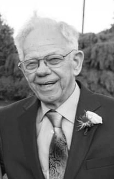 George W. Loxton, Jr.