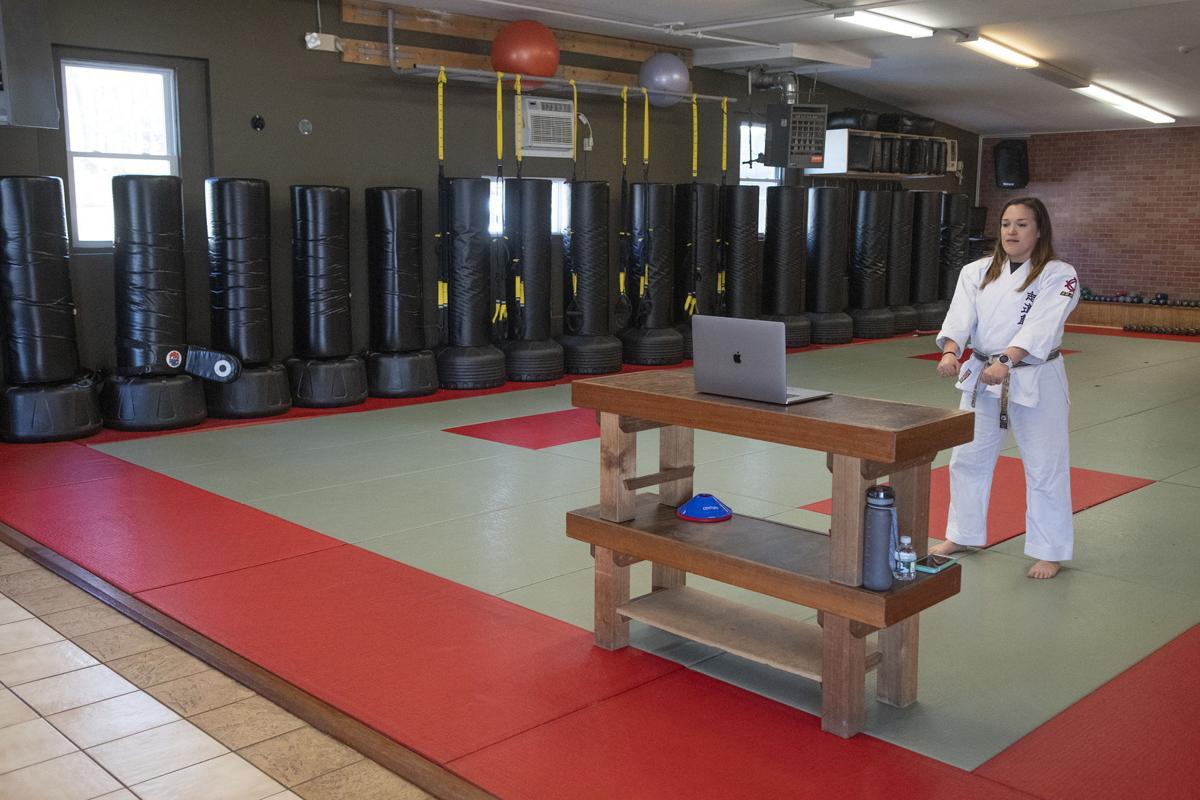 200402ind karate02.jpg