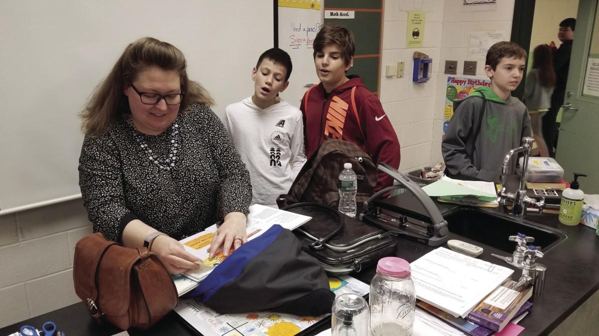 Nbc Meteorologist Visits Sk School News Independentri Com