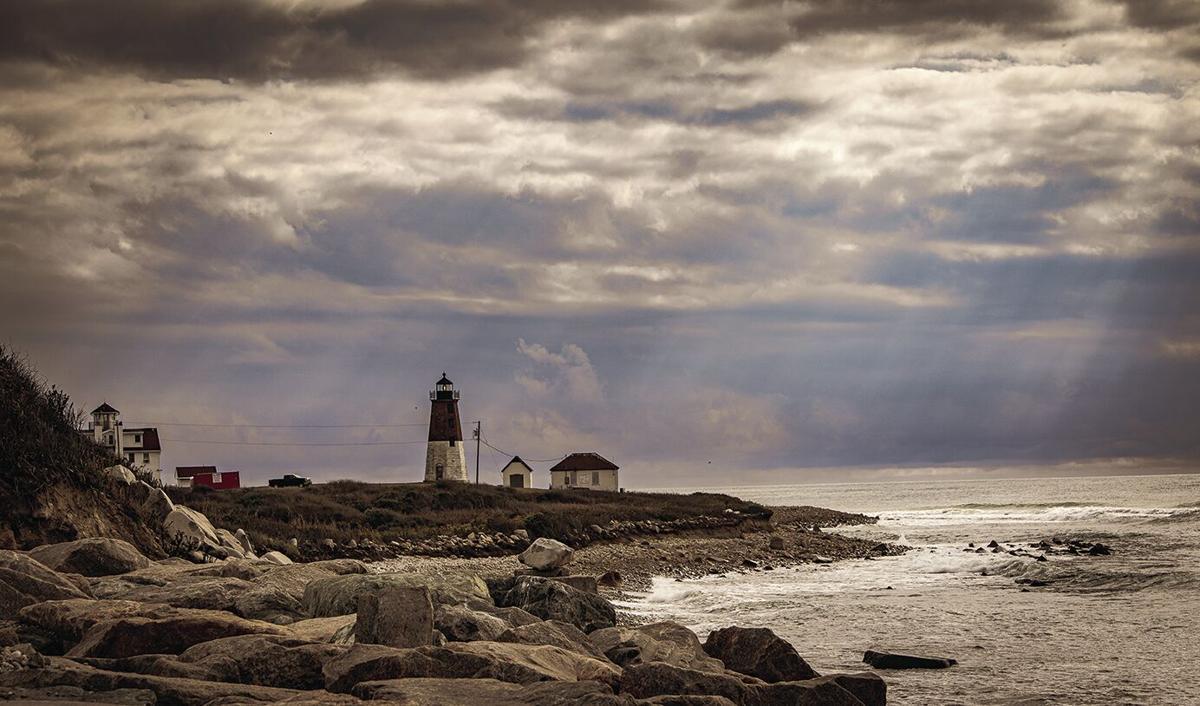 210401scl-PC-Lighthouse & Light Beams