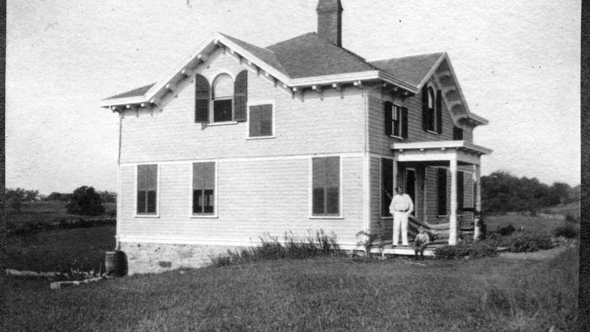 The View From Swamptown: The Fischer/Hainsworth House is a great story about giving