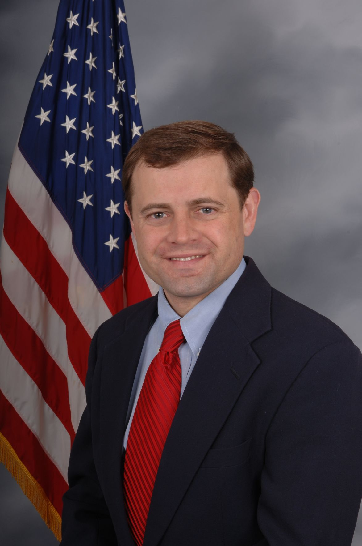 With key Bernie Sanders endorsement Tom Perriello hits campaign
