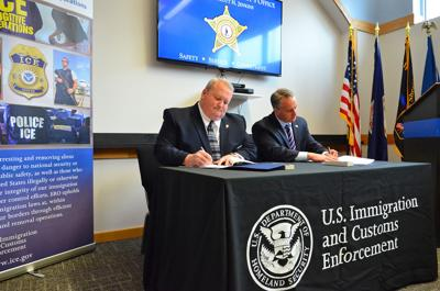 Culpeper sheriff signs ICE agreement