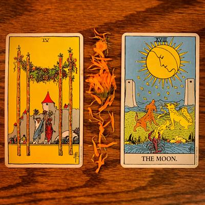 Weekly Tarotscope for May 28: 4 of Wands, The Moon
