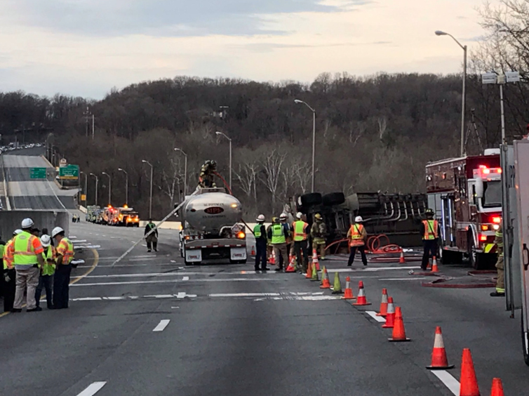 UPDATED: I-495 to remain closed until after 1 a m  | Fairfax