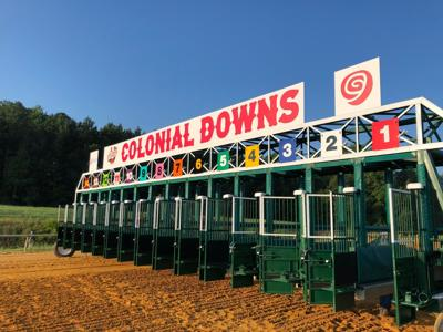 Colonial Downs gates
