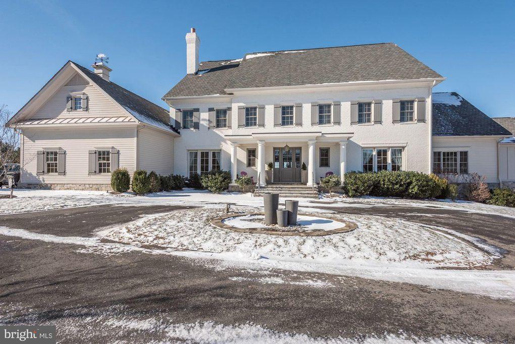 7 top homes for sale in Leesburg
