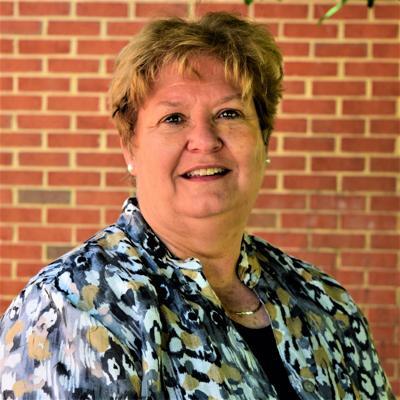 Former Floyd T. Binns assistant principal endorses Hutchins for Culpeper school board