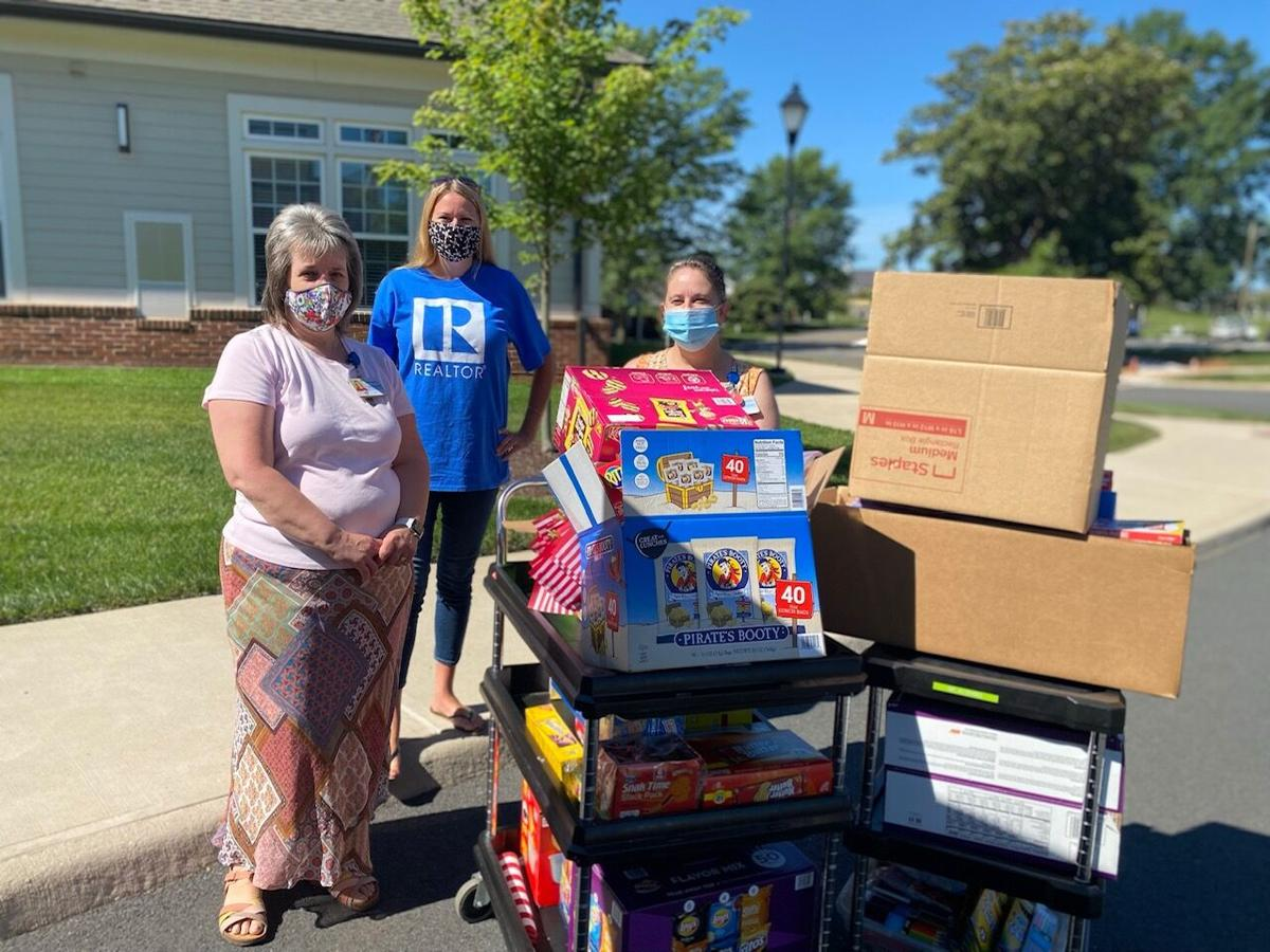 Local Realtors give back to community