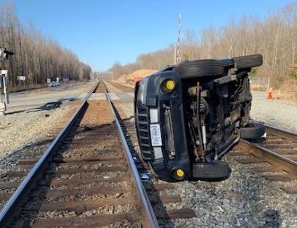 derailed1.jpg
