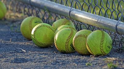 softball generic3.jpg