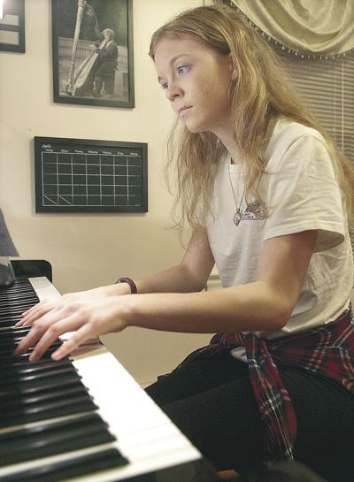 Teen pianist heading to Carnegie Hall for winter recital