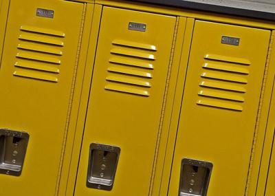 SCHOOL LOCKERS HALLWAY PLAYFUL PIXABAY
