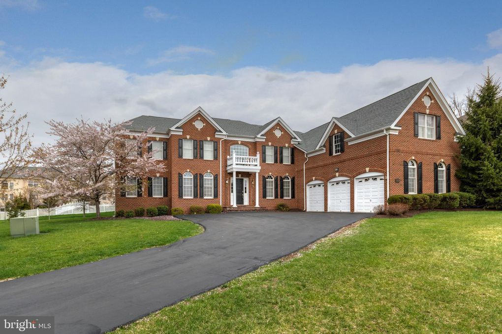 20120 Black Diamond Pl, Ashburn, VA 20147