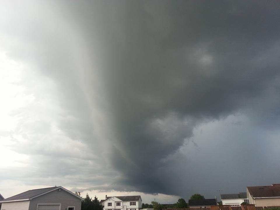storm2_Julie Bernhard-Hollingshead.jpg