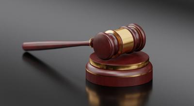 GAVEL BOARD COMMITTEE JUDGE COURT HEARING PIXABAY