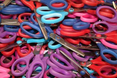 school supplies scissors pixabay