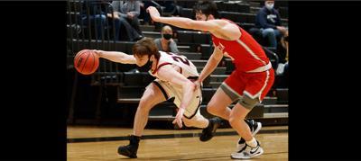 Basketball players Legg and Tuft