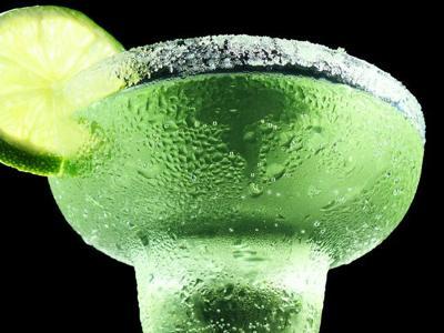generic alcohol margarita cinco de mayo
