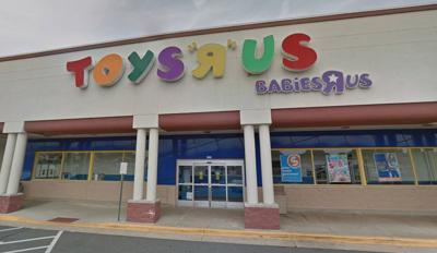 Toys R Us Closing All 735 U S Stores Business Insidenova Com