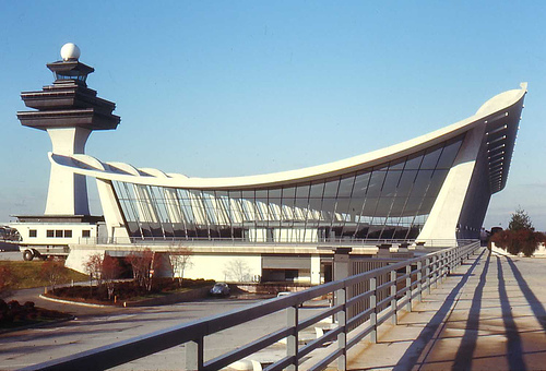 airline adds more summer flights from dulles to brussels