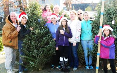 Clarendon United Methodist Church Christmas-tree sales