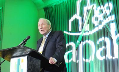 Ron Terwilliger speaks at APAH celebration