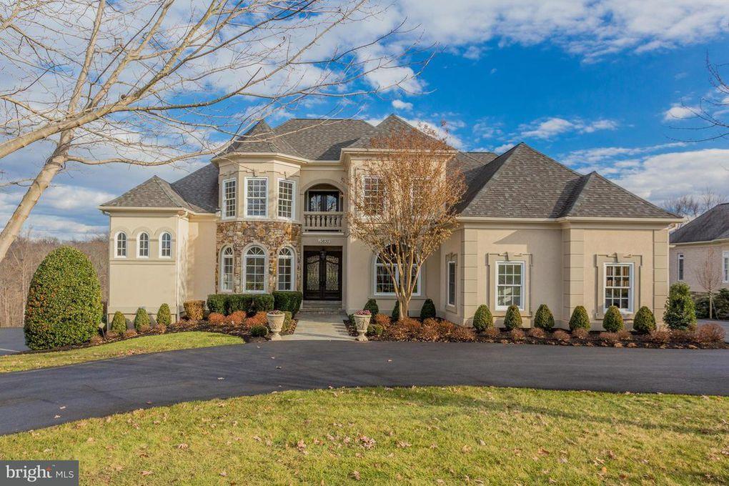15850 Spyglass Hill Loop, Gainesville, VA 20155
