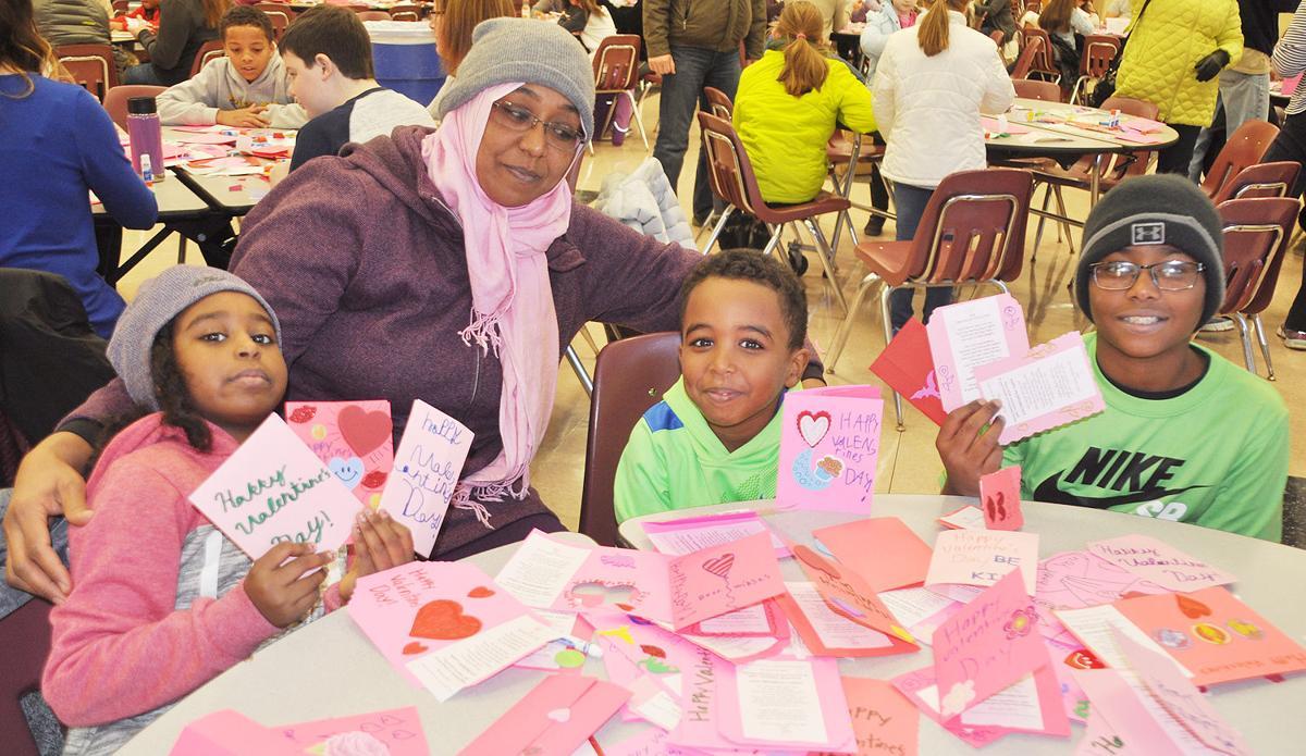 Waples Mill school group creates valentines