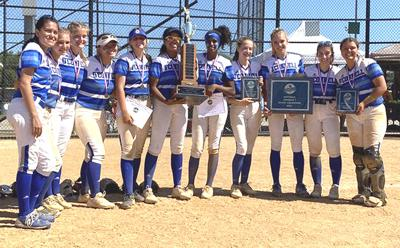 O'Connell softball state photo