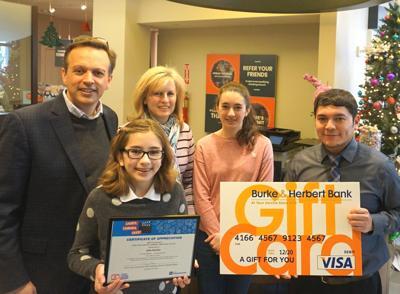 Arlington student wins regional banking award