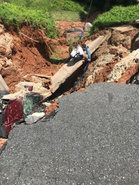 wage's towing sinkhole