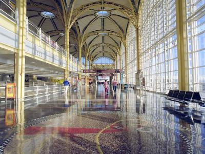 Reagan National Airport Terminal Pixabay