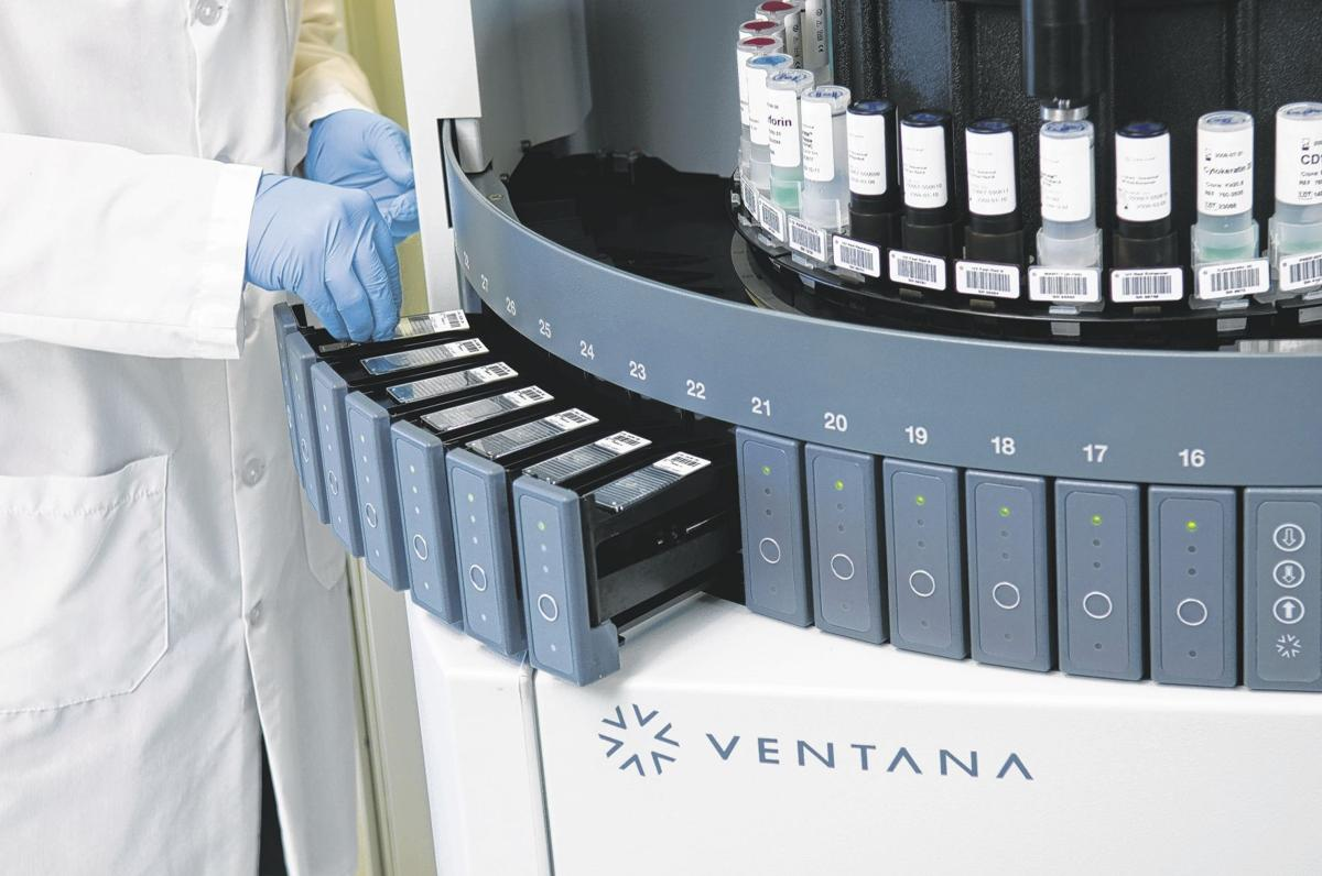 BenchMark ULTRA automated slide stainer